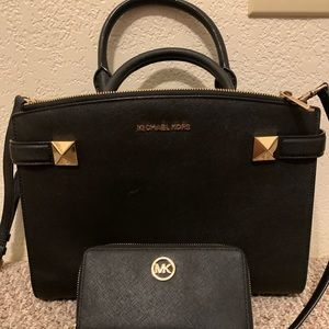 Michael Kors wallet and purse